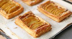 Image of french apple tart puff pastry - Dinner Recipe Apple Tart Puff Pastry, Puff Pastry Recipes, Puff Pastries, My Dessert, Dessert Recipes, Desserts, Prime Rib, French Apple Tart, Apple Galette