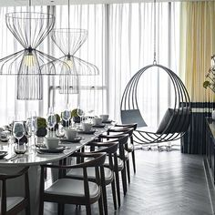 Get inspired by the best Interior Designers from the United Kingdom. Here you can find some of the greatest interior decor ideas for your home, this luxury design is signed by Kelly Hoppen. Top Interior Designers, Best Interior Design, Modern Interior, Top Designers, Luxury Furniture, Furniture Design, Kelly Hoppen Interiors, Modern Dining Table, Cabinet Design