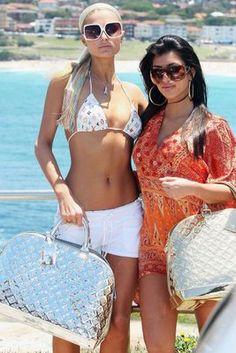 Paris and Kim K in Louis Vuitton 2000s Fashion Trends, Early 2000s Fashion, 90s Fashion, Fashion Outfits, Womens Fashion, Hollywood Fashion, Paris Hilton Style, Paris And Nicole, Bratz