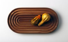 Stadio 2, our new fruit-bowl/platter in solid wood. www.shibui.ch