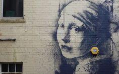 Banksy_mural_girl__3079247b.jpg (620×388)