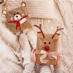 christmas mood # christmas mommo design: 10 DIY GIFT WRAP IDEAS - Gifts and Costume Ideas for 2020 , Christmas Celebration Christmas Gift Wrapping, Diy Christmas Gifts, Christmas Decorations, Christmas Ornaments, Christmas Design, Christmas Flatlay, Tree Decorations, Creative Gift Wrapping, Creative Gifts