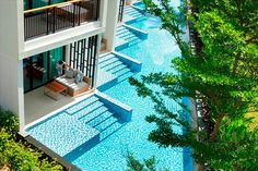 Hotel Rooms with Pool Access in Holiday Inn Resort Phuket