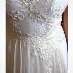 Texturas que amamos! Wedding Dress Atelier Carla Gaspar.