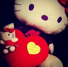 Anche Hello Kitty è stata appiccicata, grazie Gipsyna <3
