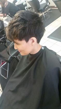 More pictures of my Ginnifer Goodwin pixie undercut.