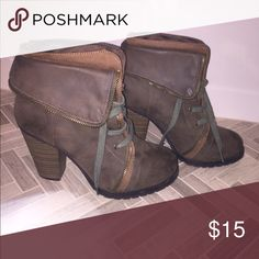 Combat Ankle Booties Lightly worn and in great shape! Great fall boot! Shoes Ankle Boots & Booties
