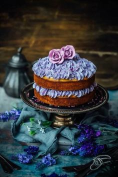 Lavender, Honey and Almond Cake - Sugar et al Pretty Cakes, Beautiful Cakes, Amazing Cakes, Sweet Recipes, Cake Recipes, Dessert Recipes, Honey Recipes, Lavender Cake, Lavender Honey