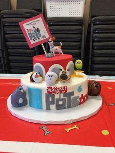 Chloe's Secret Life of Pet's cake