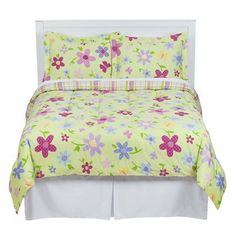 This is the bedset Julia already has, so I could just order another one for Cora for their bunkbeds.