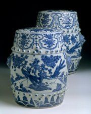 Two Chinese export porcelain garden seats, c. 1600, Wanli reign, Ming dynasty SOLD