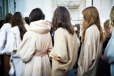 Paris Fashion Week F/W2014-15 Show: Chloé ... | L'Oréal Professionnel #pfw #lorealprofessionnel #lpbackstage #chloe #jamespecis L'oréal Professionnel, Fashion Week, Paris Fashion, Bridesmaid Dresses, Wedding Dresses, Salons, Fur Coat, Runway, Chloe