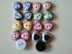 Kunststof tweekleurig 12-mm per 5 stuks - #Webshop; Inge's baby breihoekje  Deze knoopjes kosten maar Euro 0,25 per 5 stuks