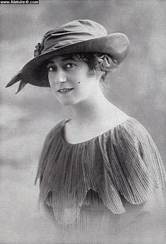 Chapeau Chanel, 1911