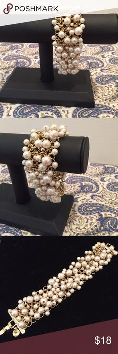 """Talbots """"Lots a Pearls"""" Gold Toned Bracelet As Seen. Gold Toned Bracelet Loaded With Pearls. Bracelet is 7.5"""" End To Clasp. Talbots Jewelry Bracelets"""