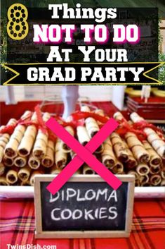 How to throw a safe outdoor grad party in 2020 for every budget.Easy DIY Graduation party decorations and food ideas. Graduation Party Desserts, Outdoor Graduation Parties, Grad Party Decorations, Graduation Party Planning, Graduation Party Themes, College Graduation Parties, Graduation Party Decor, Graduation Ideas, Grad Parties