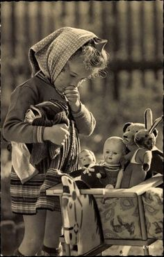69 Ideas Photography Black And White Vintage Photographs Little Girls Vintage Children Photos, Vintage Pictures, Old Pictures, Vintage Images, Old Photos, Antique Photos, Vintage Photographs, Vintage Abbildungen, Vintage Kids