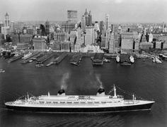 SS France in NY