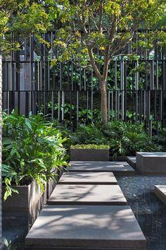Hottest Sky Garden Ideas With Landscape To Apply Asap Landscape Architecture Design, House Landscape, Landscape Walls, Urban Landscape, Residential Landscaping, Modern Landscaping, Outdoor Landscaping, Outdoor Gardens, Landscaping Ideas