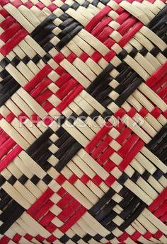 Flax Weaving, Weaving Art, Basket Weaving, Hand Weaving, Weaving Designs, Weaving Patterns, Knitting Patterns, Xmas Crafts, Diy And Crafts