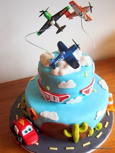 Cars and planes for those who cant decide what to do lol Planes Cake, Planes Party, Fighter Jet Cake, Disney Planes Birthday, Birhday Cake, Movie Cakes, Little Man Party, Ballerina Cakes, Disney Cakes