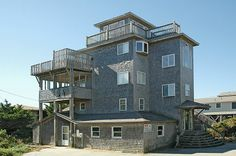 FLYING CLOUD - 4 bedrooms, 3.1 baths on the Avon ocean side
