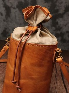 Genuine Leather Small Bucket Bags Purses - iLeatherhandbag - bags/rucksacks etc. Leather Drawstring Bags, Leather Backpack, Leather Bag, Fendi Spy Bag, Leather Projects, Custom Bags, Small Bags, Hurley, Sewing Tips