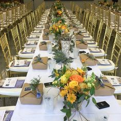 Mary Pinson of Atlanta is a member of Les Pages, a directory of the nation's best event designers, caterers, and other party partners. Flower Studio, Floral Design, Table Settings, Table Decorations, Gallery, Flowers, Furniture, Mary, Home Decor
