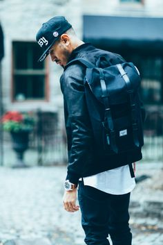 follow for regular updates / nice idea, great look Pinterest: Rafaela Abreu Hershel yeezy inspiration urban men