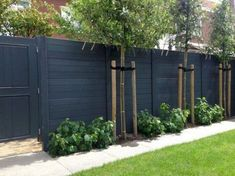 9 Hardy Clever Hacks: Front Yard Fence Garden Fence Value.Modern Fence In Roseville Garden Fence Value. Cheap Privacy Fence, Privacy Fence Designs, Backyard Privacy, Backyard Fences, Garden Fencing, Pool Fence, Vinyl Privacy Fence, Garden Fence Panels, Backyard Ideas