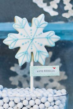 winter party decorations | ... > Birthday Party Ideas > Whimsical Winter Wonderland Dessert Table