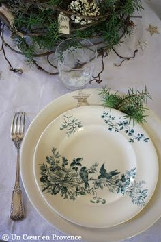 Sweet place setting at Christmas using Old plates Longwy Mignon
