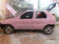 Fiat palio com a base para Pintura