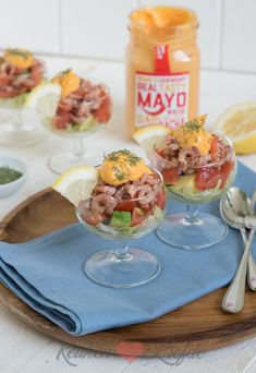 Mayonaise, Tapas, Avocado, Pasta, Cheese, Table Decorations, Party Recipes, Food, Garden