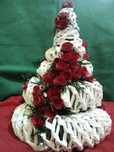 #albero #roselline #cartapesta #christmascreation