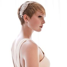 Great Idea for Wedding Do with a Pixie cut!!!!!!