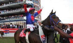 Jockey 'Bling' saddles up for a photo finish