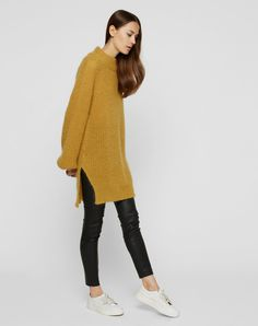 Jumper mit Mohair-Anteil 'Svea' von EDITED the label - EDITED.de Jumper, Edit Online, Fall Outfits, Fashion Outfits, Elegant, Fall Winter, Autumn, Normcore, Street Style