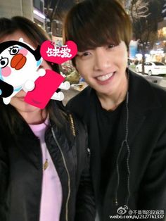 Jungkook met fans at a cafe Jung Kook, Bts Predebut, Bts Girl, Honey Bunny, Jeon Jeongguk, Bts Members, Rap Monster, Jonghyun, Bts Jungkook