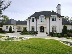 Dream House...Dream Location!