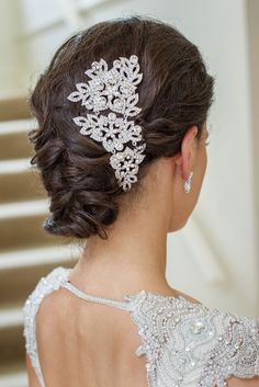 Pretty bridal hairstyle | Hair: Rogue Artists - Evelyn