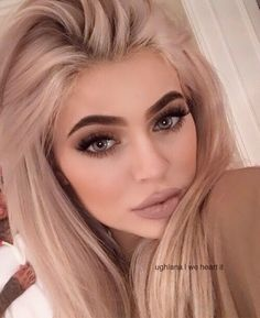 Is that Kylie Jenner? Love Kylie Jenner