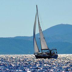 Have a BLUE day!  #sailing #sailinglife #sail #sailor #sailyacht #croatia #sea #sailboat #tenger #summer #memories #vitorlázás #mik #ikozosseg #ihun #ihungary #instakozosseg #instahun #discover #explore #bluesea #blue #bluesky #blueisland #bluemontain #adriaricsea #haveagoodday #shimmering #shimmeringsea by radoczgabor