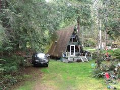 I've been wanting to share these little A-frame cabins with you on the sunshine coast of British Columbia for quite a while now. They're submitted anonymously from one of our wonderful …