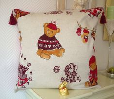Pillowcase Mountain Bear / cotton / cottage / by ArmoireDeLaFee