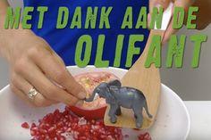 Met een stampende olifant ontpit je het snelst een granaatappel, check het filmpje + recepten op Keet Smakelijk!
