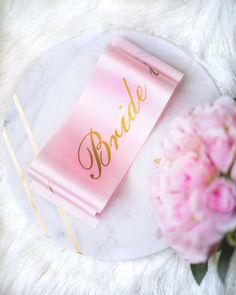 Satin Pyjama Set, Satin Pajamas, Pajama Set, Personalized Pajamas, Bridal Robes, Bride, Wedding Bride, The Bride, Brides