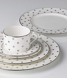 Ooohhhh.....I love these Kate Spade dishes!