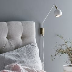 Buy Pivotable Coco wall light, white ✓Top-rated service ✓Comfortable & secure payment Years of experience ✓Order now! All White Bedroom, Dream Bedroom, Modern Scandinavian Interior, Scandinavian Style, Bedroom Lighting, Interior Lighting, Retro Floor Lamps, Mirrored Side Tables, Metal Tables