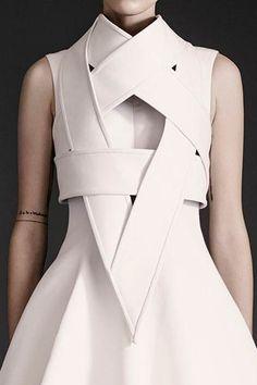 Sculptural Fashion - white armour dress; futuristic fashion // Gareth Pugh Spring 2015